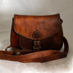Lederhandtasche klein mit Metallschnalle