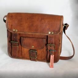 Lederhandtasche klein mit 3 Schnallen