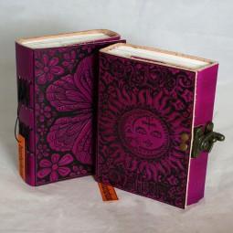 Lederbuch pink mit Motiv
