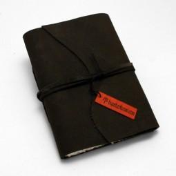 kleines Softlederbuch schwarz mit Büttenpapier