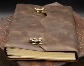 Büffellederbuch, Groß