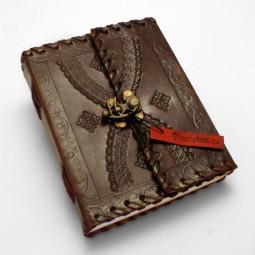 braunes Lederbuch M punziert