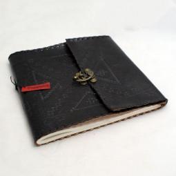 Lederbuch Gäste / Skizzen punziert schwarz
