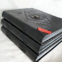 Fotobuch exklusiv, mit Stein, schwarzes Leder