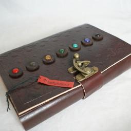 Lederbuch mit 7 Steinen